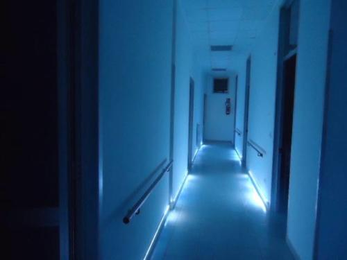 Illuminazione notturna corridoio